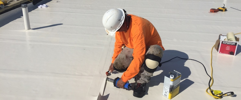 How to Maintain Your Flat Roof and Extend Its Service Life