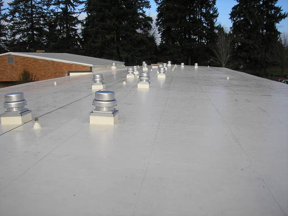 Mechanically Fastened Roof at Jason Lee Middle School in Vancouver, Washington